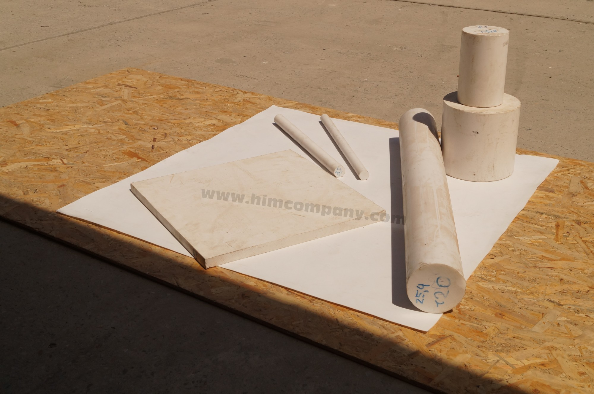 Фторопласт листовой  5 мм (1000х3000 мм)